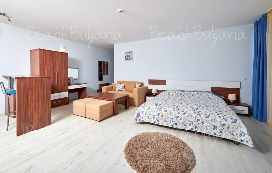Хотел Регата4
