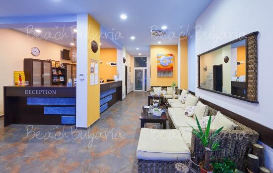 Хотел Регата9