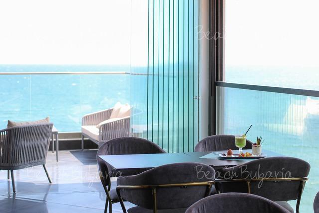 Хотел Grifid Encanto Beach14