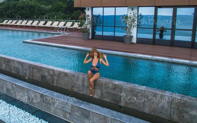 Хотел Grifid Encanto Beach29