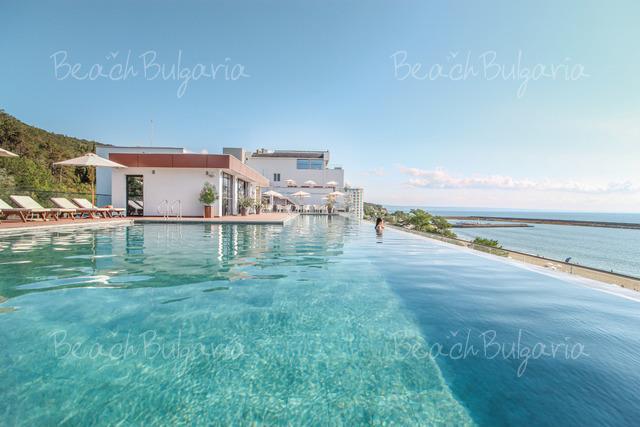 Хотел Grifid Encanto Beach30