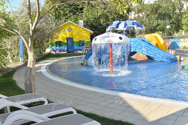 Хотел Grifid Encanto Beach31