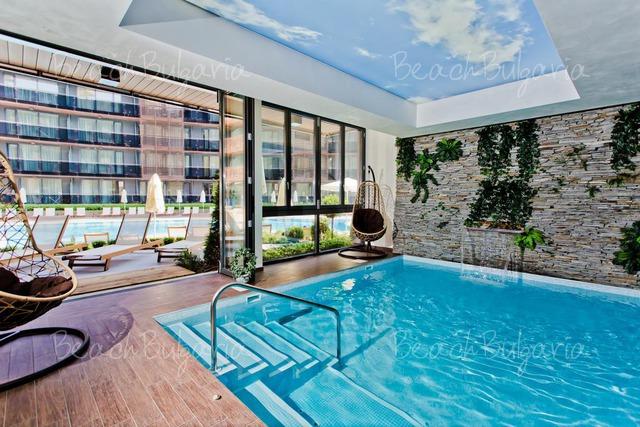 Хотел Galeon Residence & Spa18