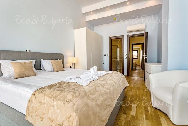 Хотел Galeon Residence & Spa3