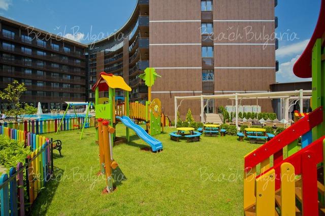 Хотел Galeon Residence & Spa25