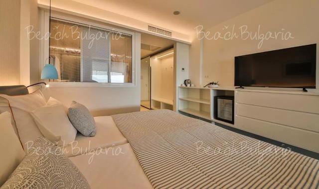 Хотел Бялата Лагуна21