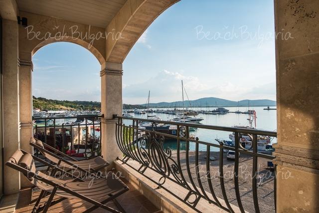 Blu Bay Хотел13