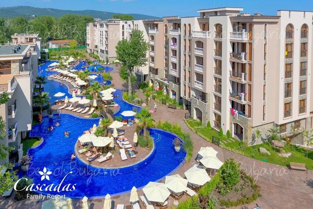 Хотел Каскадас Фемили Резорт11