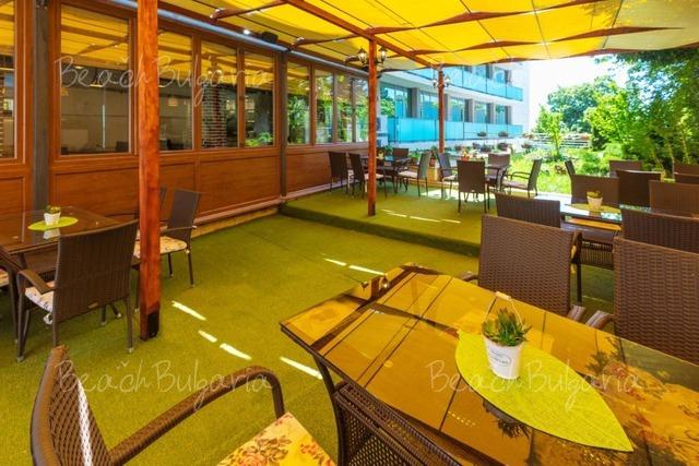 Хотел Сол Марина Палас18