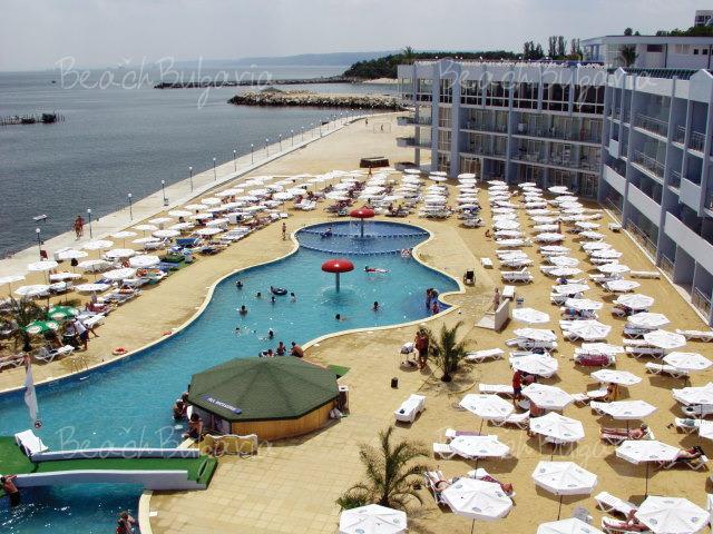 Хотел Долфин Марина18