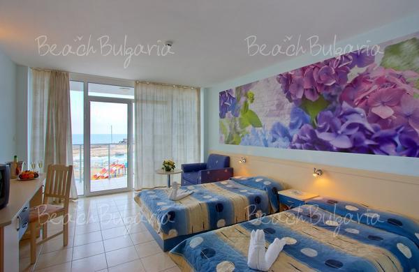 Хотел Долфин Марина5