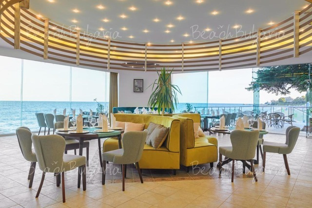 Хотел Марина 15