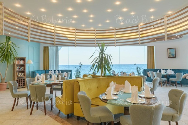 Хотел Марина 17