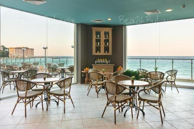 Хотел Марина 19