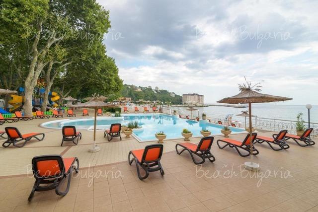 Хотел Марина 6