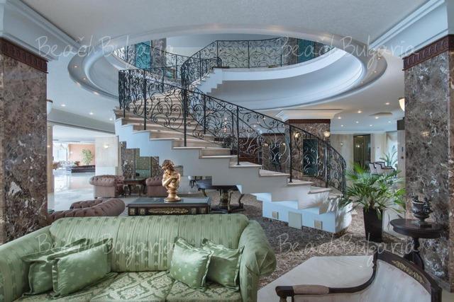 Хотел Палас 16