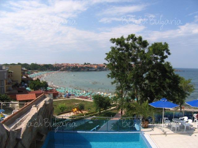 Хотел Селена15