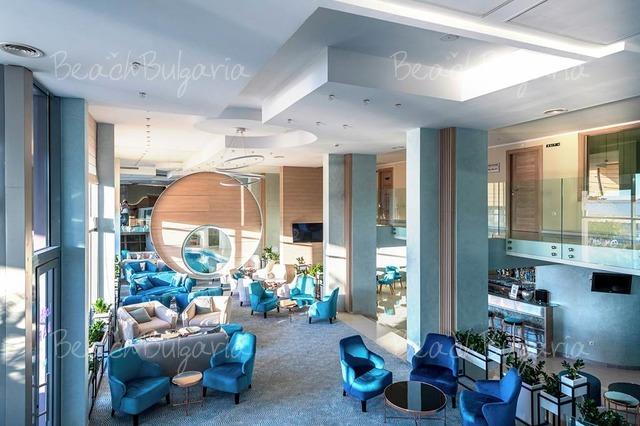 Хотел Нептун Бийч 12