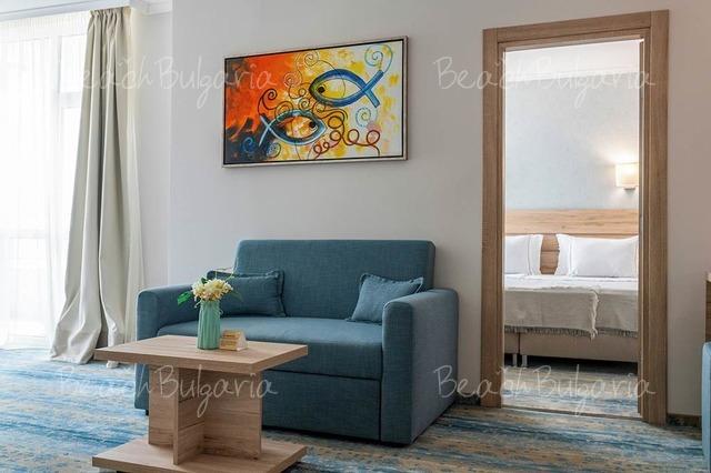 Хотел Нептун Бийч 10