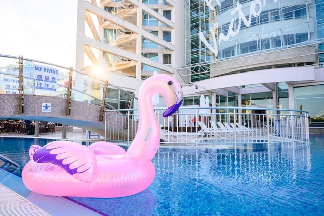 Хотел Гранд Виктория3