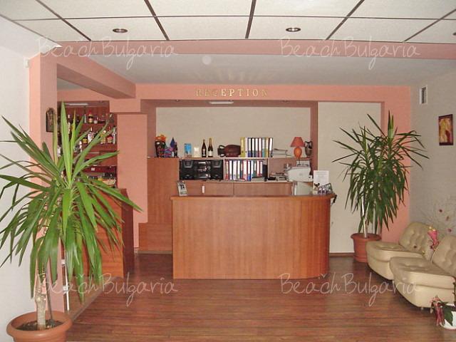 Хотел Амфора3