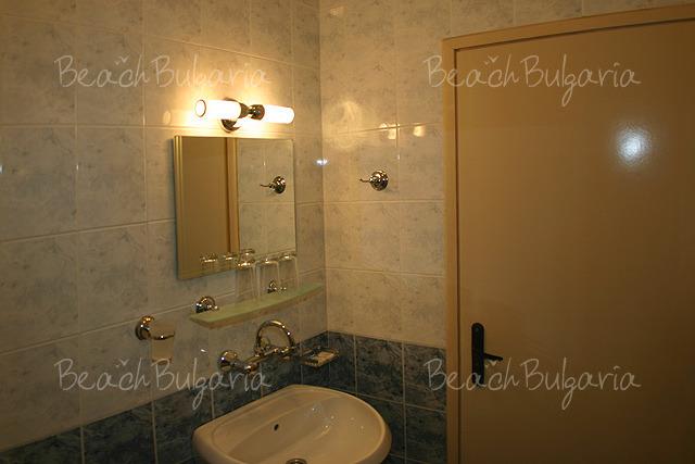 Хотел Булаир 11