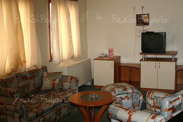 Хотел Булаир 12