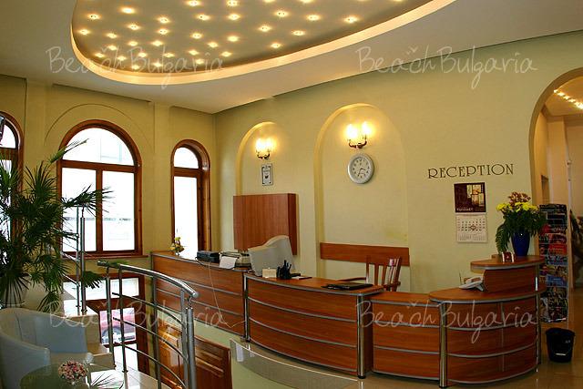 Хотел Булаир 16