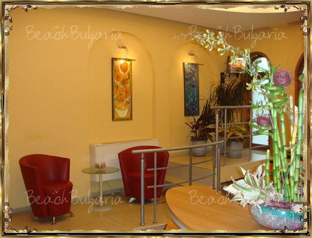 Хотел Булаир 20