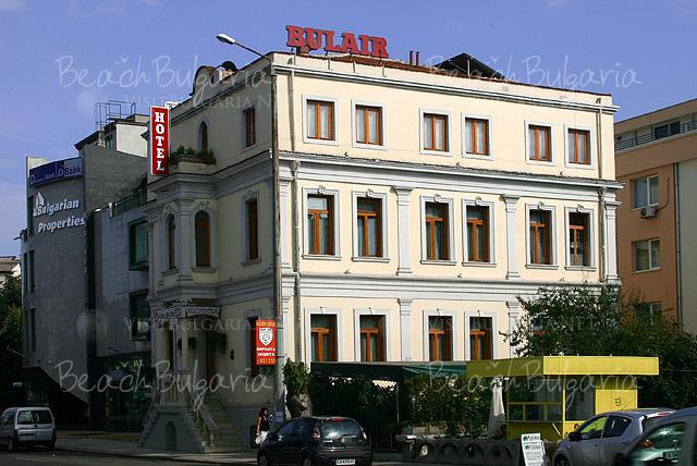 Хотел Булаир 24