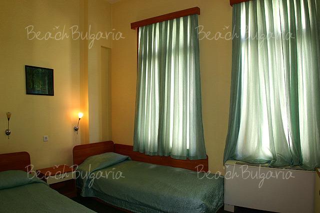 Хотел Булаир 7