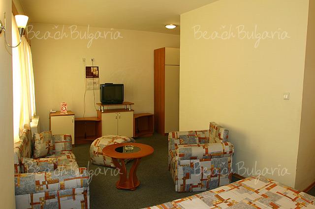 Хотел Булаир 10