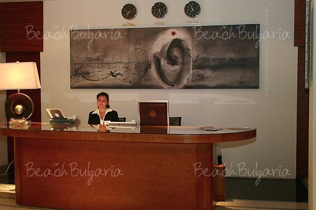 Хотел Бургас 2