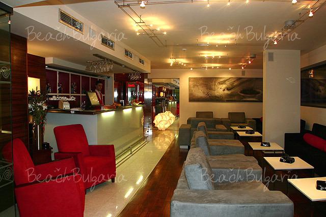 Хотел Бургас 15