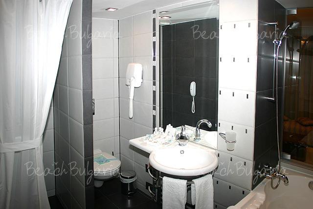 Хотел Бургас 6