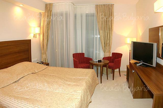 Хотел Бургас 9
