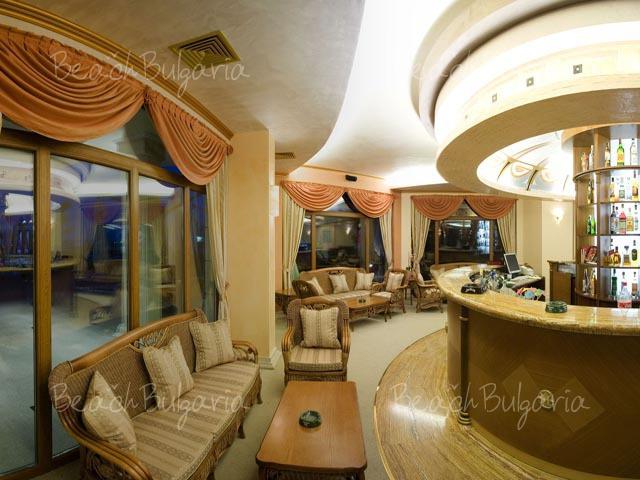 Хотел Мистрал4