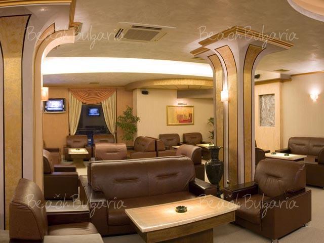 Хотел Мистрал6